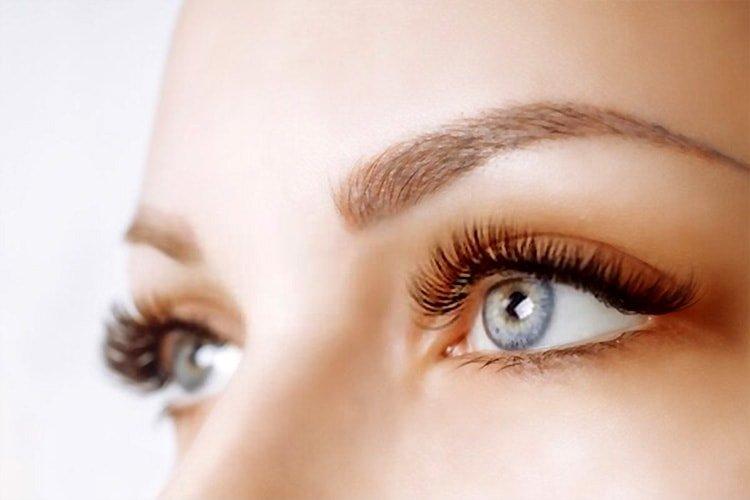Which eyelash serum is the best?